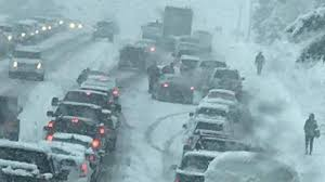 Snowstorm snarls evening commute; Gov. Inslee declares State of Emergency |  KOMO